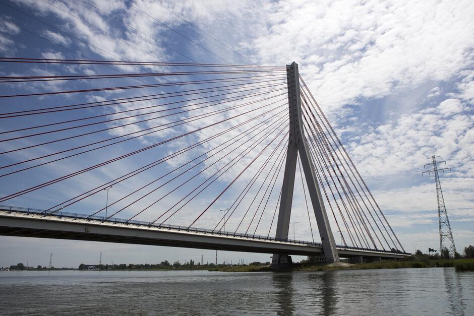 Konserwacja mostu wantowego potrwa planowo do końca stycznia 2021 r.