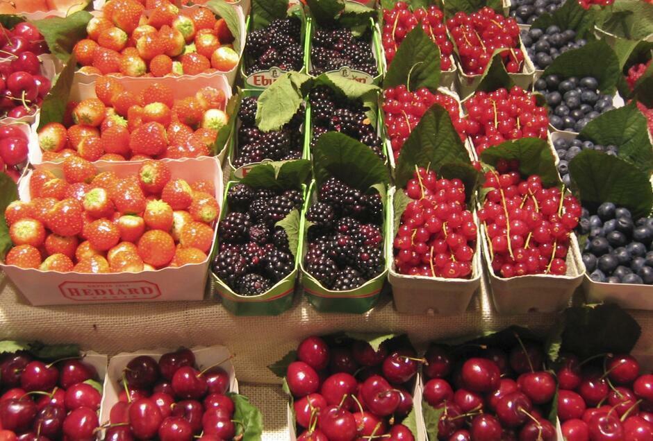 Rozstrzygnięty został konkurs na prowadzenie sezonowych punktów sprzedaży owoców i warzyw