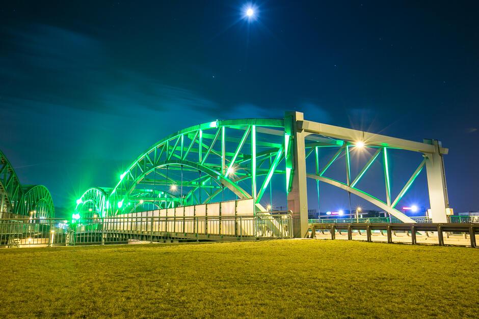 W ramach akcji #17 milionów na zielono podświetlony zostanie wiadukt na ul. Kościuszki