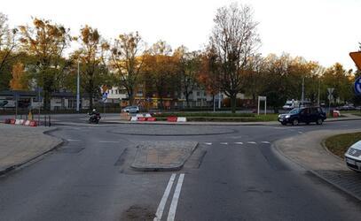 Gwarancyjna naprawa nawierzchni wyniesionego przejścia dla pieszych na skrzyżowaniu ul. Bema i ul. Kartuskiej