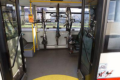 autobus z miejscami na rowery 2