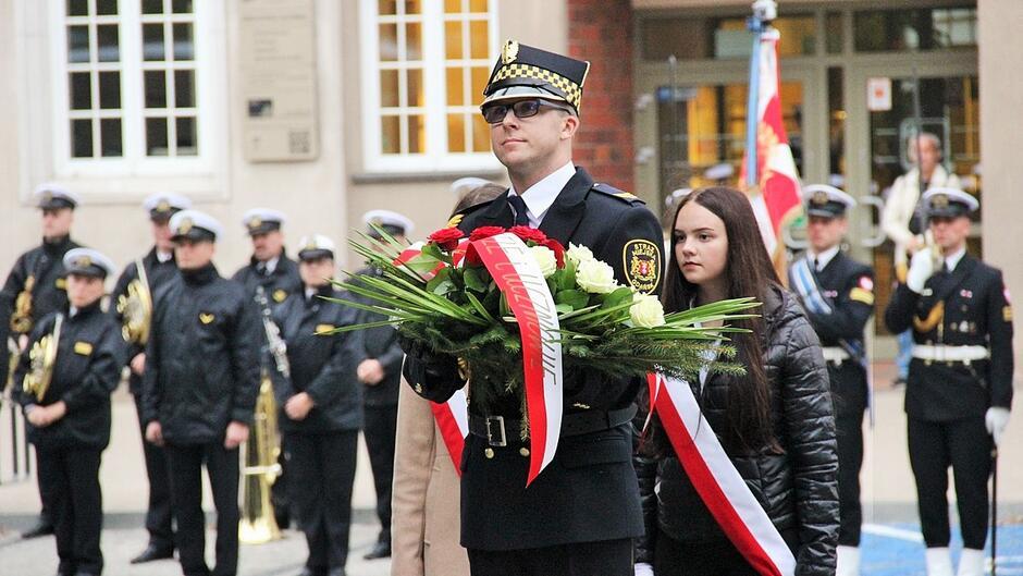 80 rocznica utworzenia Polskiego Państwa Podziemnego i Szarych Szeregów foto 03.JPG