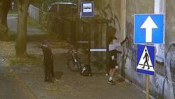 Grafficiarze w kamerze monitoringu