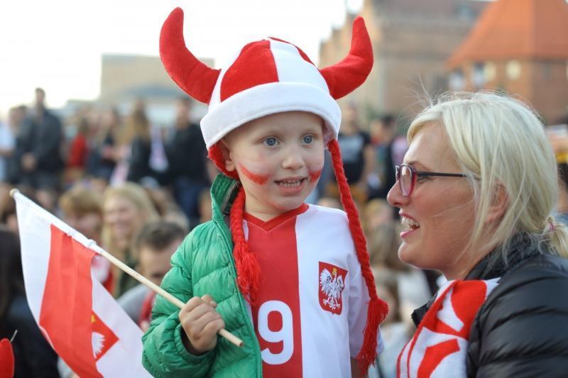 Kolejna dawka sportowych emocji: Mecz Polska – Ukraina, wspólne kibicowanie na Targu Węglowym