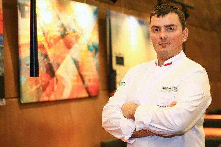 Szef kuchni w restauracji Amber Side - Kamil Hildebrandt