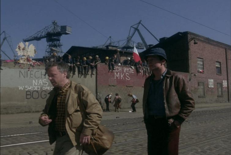 Kadr z filmu 'Człowiek z żelaza'