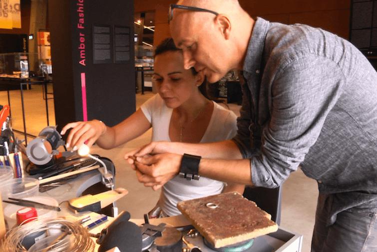 Własnoręczne przygotowanie biżuterii