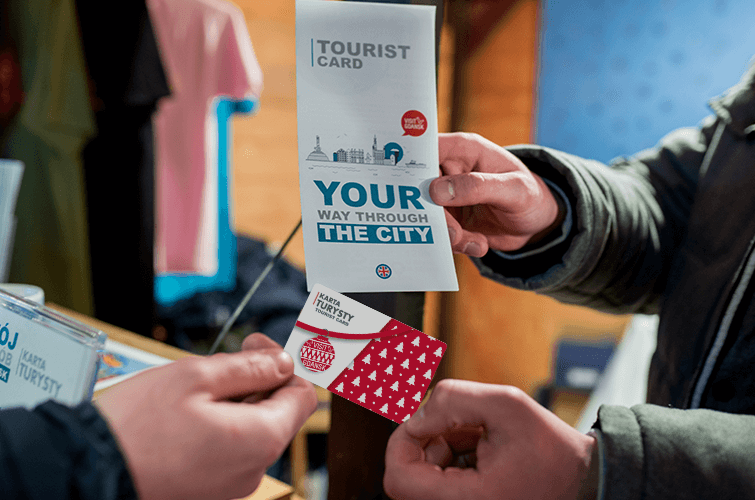 Poczuj magię Świąt z Kartą Turysty!