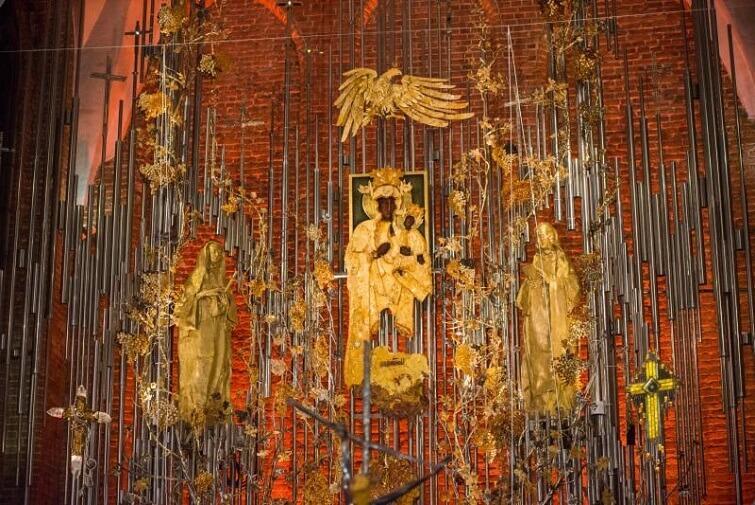 Ołtarz w kościele Św. Brygidy to prawdziwe dzieło sztuki
