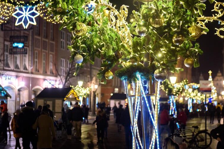 Świąteczne iluminacje i choinki