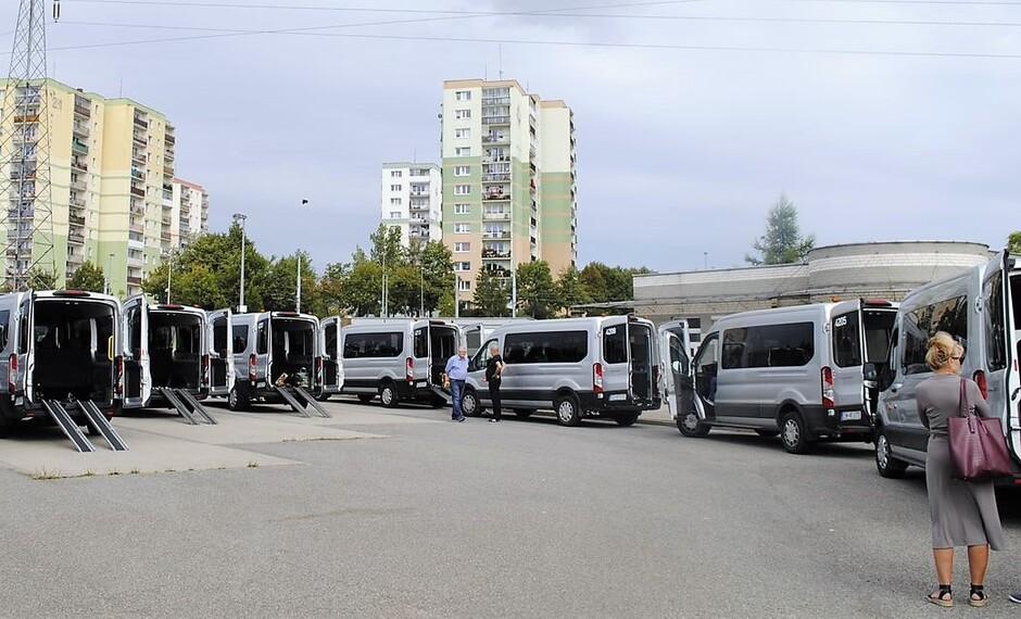 elektryczne mikrobusy dla osób niepełnosprawnych w Gdańsku